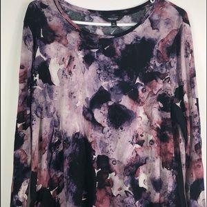 Simply Vera Wang long sleeved floral shirt top